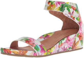 Gentle Souls by Kenneth Cole Women's Gianna Wedge Sandal with Ankle Strap Sandal