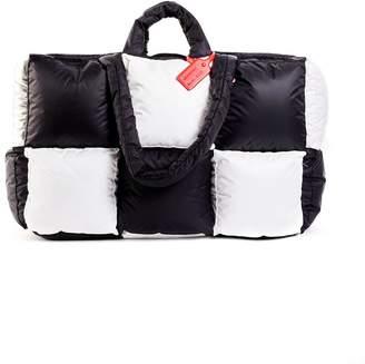 Off-White Off White oversized puffy nylon shopper black & white
