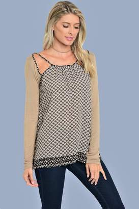 People Outfitter She Cute Top