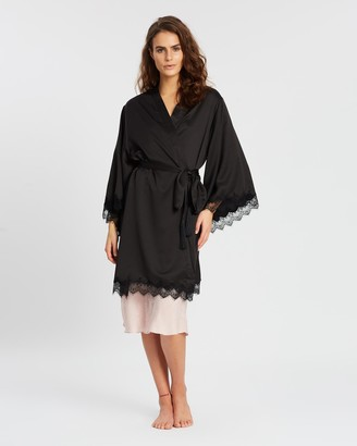 Homebodii Donatella Robe