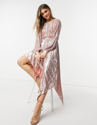 Forever U pleated metallic dress with cutout detail in rose gold