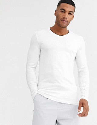 Asos Design DESIGN long sleeve muscle fit t-shirt with v neck in white