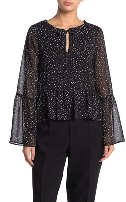 Cupcakes And Cashmere Mandy Star Print Bell Cuff Blouse