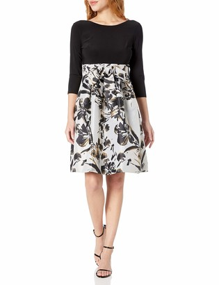 Jessica Howard Women's Long Sleeve Fit and Flare Dress with Tie Sash