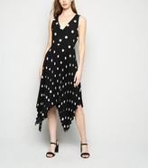 New Look AX Paris Spot Pleated Midi Dress