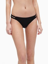 Splendid Stitch Solid Strap Bottom