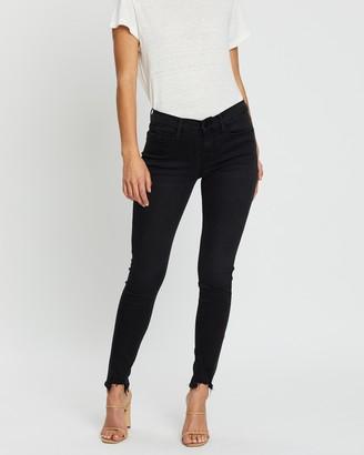 Frame Le Skinny De Jeanne Chewed Hem Jeans