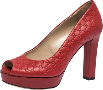 Gucci Red Microguccissima Leather Peep Toe Platform Pumps Size 36