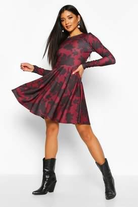 boohoo Scuba Floral Print Open Back Skater Dress