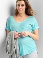 Gap Maternity short sleeve V-neck slub tee