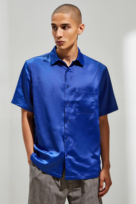 Urban Outfitters Solid Satin Short Sleeve Pointed Collar Button-Down Shirt