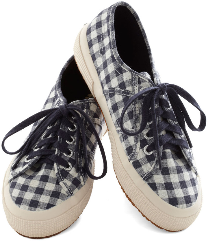 Picnic for One Sneaker in Navy