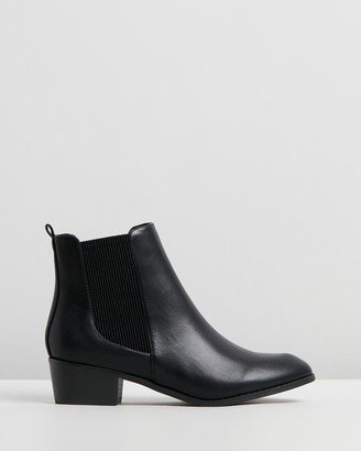 Spurr Women's Black Chelsea Boots - Philo Ankle Boots - Size 5 at The Iconic