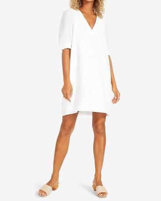 Express Bb Dakota V-Neck Mini Shift Dress