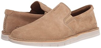 Clarks Forge Free (Dark Sand Suede) Men's Shoes