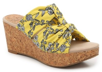 New York Transit Seeker Wedge Sandal