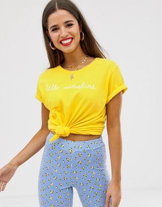 Daisy Street t-shirt with sunshine print-Yellow