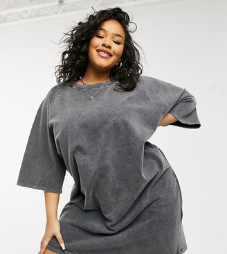 ASOS DESIGN Curve oversized heavy weight T-shirt dress in grey acid wash