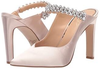 Badgley Mischka Stella (Champagne) Women's Clog Shoes