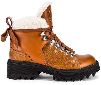 Chloé Bella Shearling Boots in Canyon Brown | FWRD