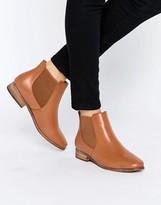 London Rebel Classic Flat Chelsea Boots