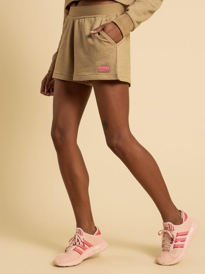 adidas R.Y.V Shorts in Carboard Brown