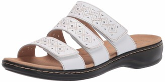 Clarks Women's Leisa Spice Flat Sandal