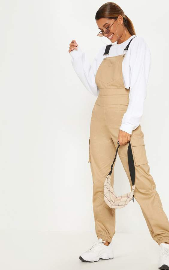 PrettyLittleThing Camel Contrast Detail Dungarees