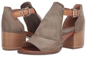Miz Mooz Campbell (Khaki) Women's Shoes