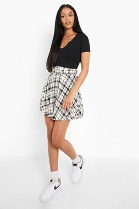 boohoo Tall Check Pleated Mini Skirt With Belt