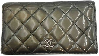 Chanel Green Patent leather Wallets