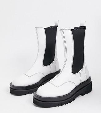 Z Code Z Z_Code_Z Exclusive Nora vegan-friendly chunky chelsea boots in white