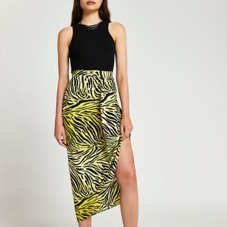 River Island Womens Yellow printed twist midi skirt