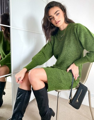 Selected knitted dress with exaggerated sleeves in green
