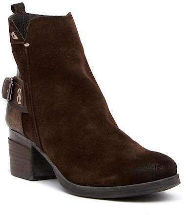 Khrio Buckled Contrast Boot