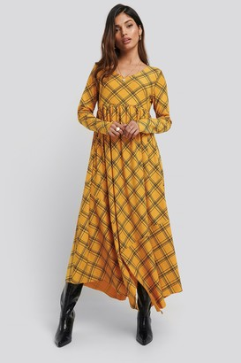 NA-KD Checked Asymmetric Cut Dress