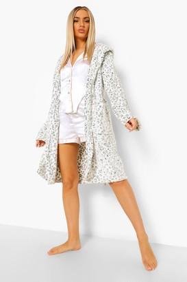boohoo Snow Leopard Luxury Fleece dressing gown