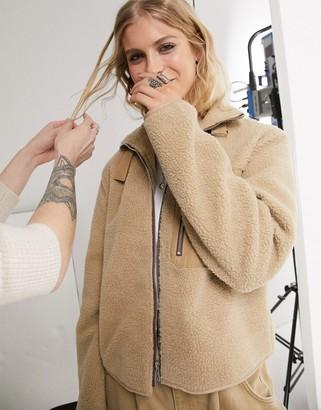 Object fleece jacket in camel