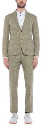Roda Suit