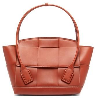 Bottega Veneta Arco 48 Medium Intrecciato Leather Bag - Mid Brown