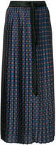 Hache patterned pleated skirt