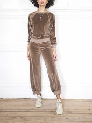 SUZIE KONDI High-Rise Pocket Crop Velour Pant