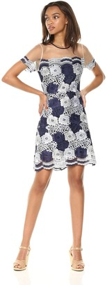 T Tahari Women's Jolie Floral Lace Short Sleeve Dress