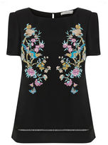 "Oasis V&A EMBROIDERED TEE [span class=""variation_color_heading""]- Multi Black[/span]"