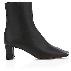Vetements Women's Boomerang Square-Toe Leather Ankle Boots