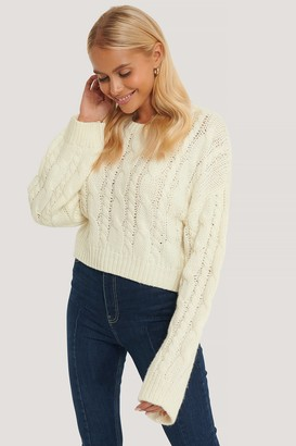NA-KD Short Cable Knit Sweater