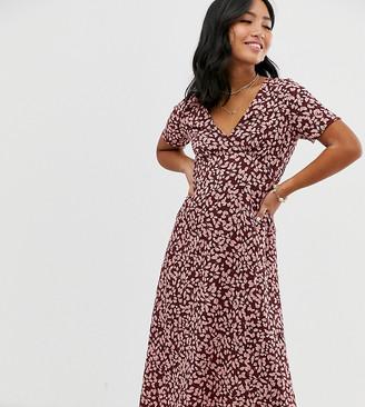 Vero Moda Petite floral sweetheart midi dress