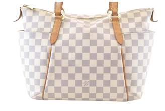 Louis Vuitton Totally White Cloth Handbag