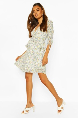 boohoo Frill Detail Floral Ruched Sleeve Skater Dress