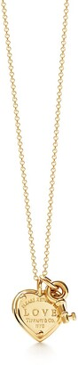 Tiffany & Co. Return to TiffanyTM Love heart tag key pendant in 18k gold with diamonds